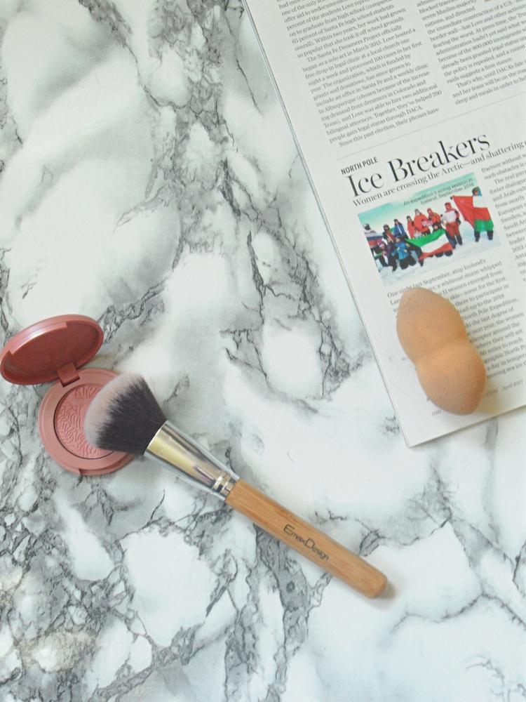 a makeup sponge versus a makeup brush