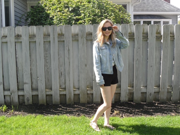 stripes and shorts 2 ootd