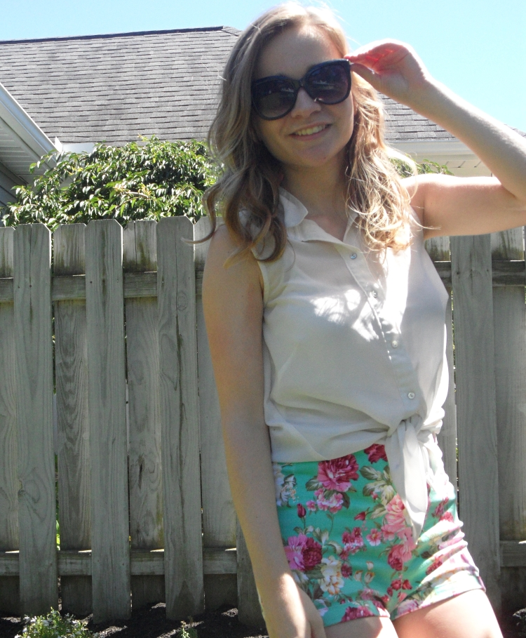 floral shorts summer.jpg