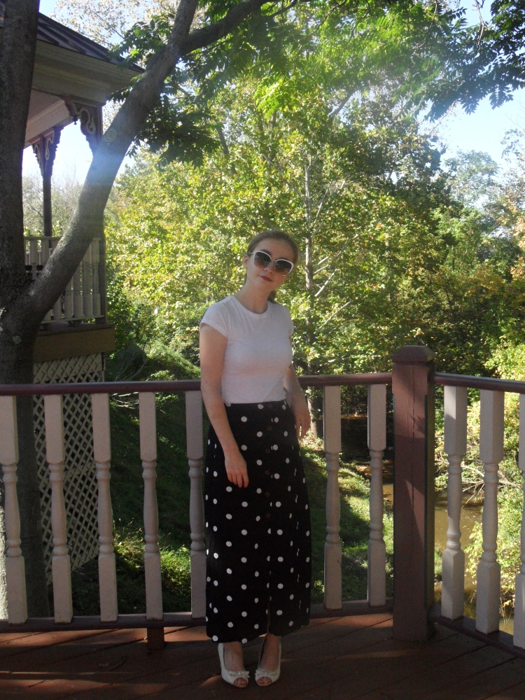 polka dot skirt outfit