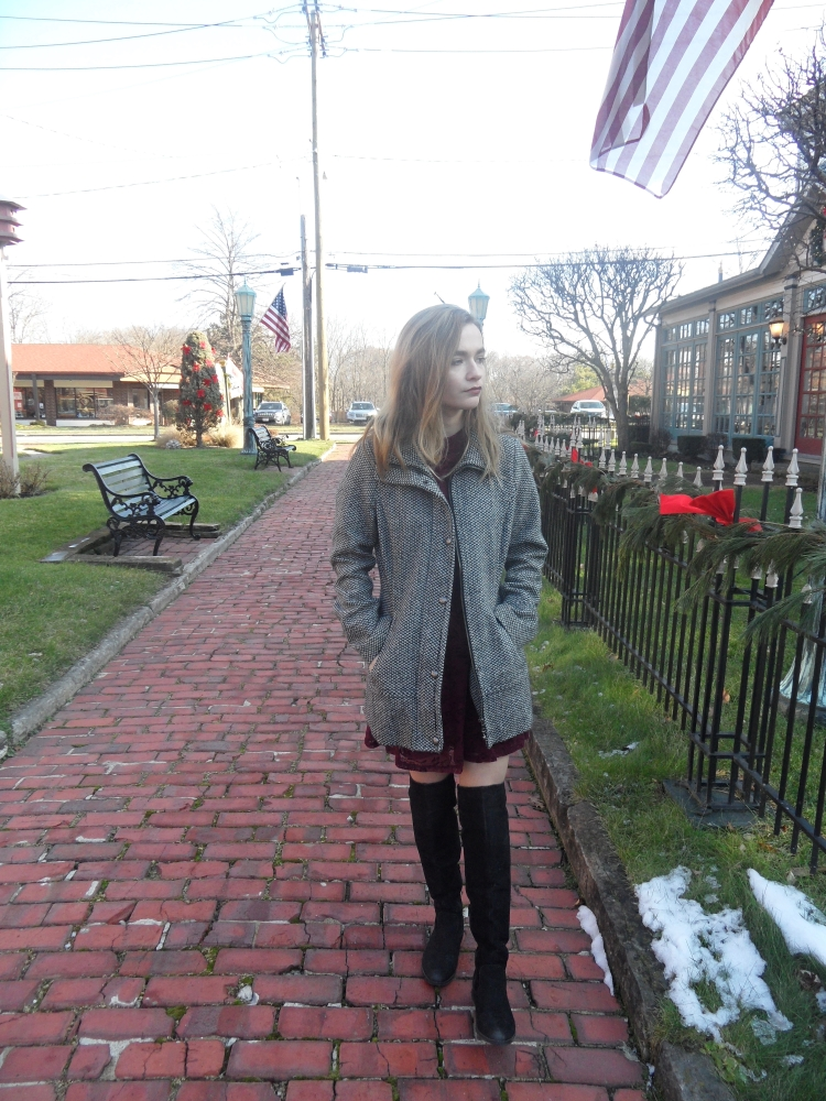 fashion blogger wears Burgundy dress and black boots