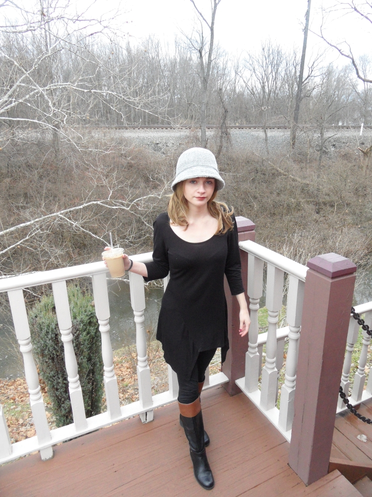 fashion blogger wears hat, boots.jpg