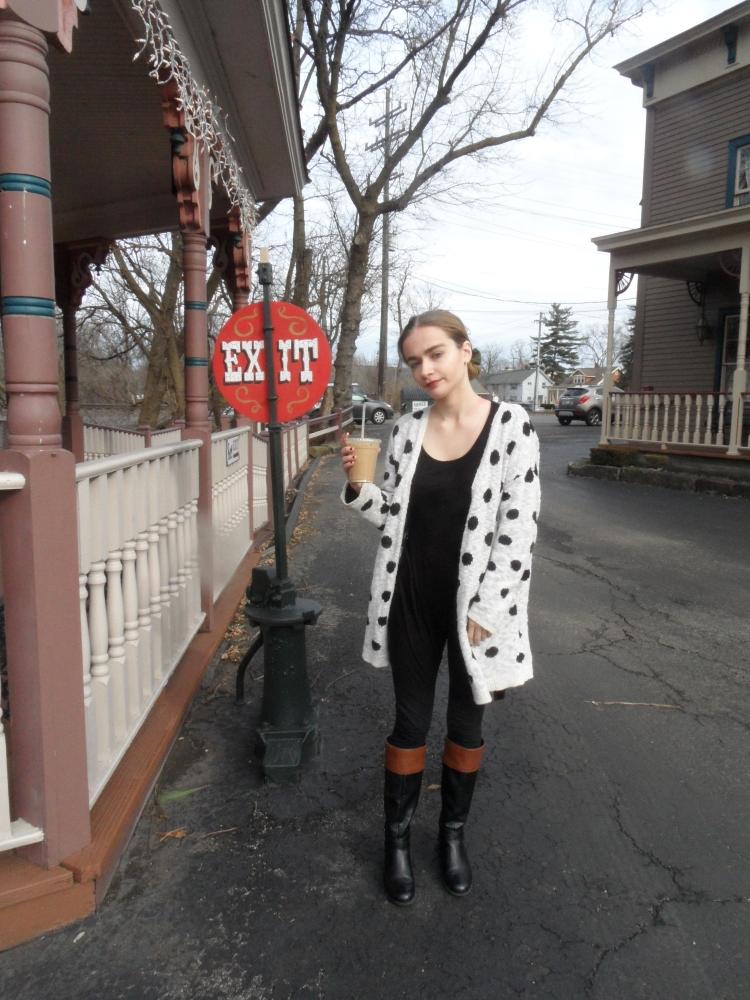 fashion blogger wears polka dot sweater