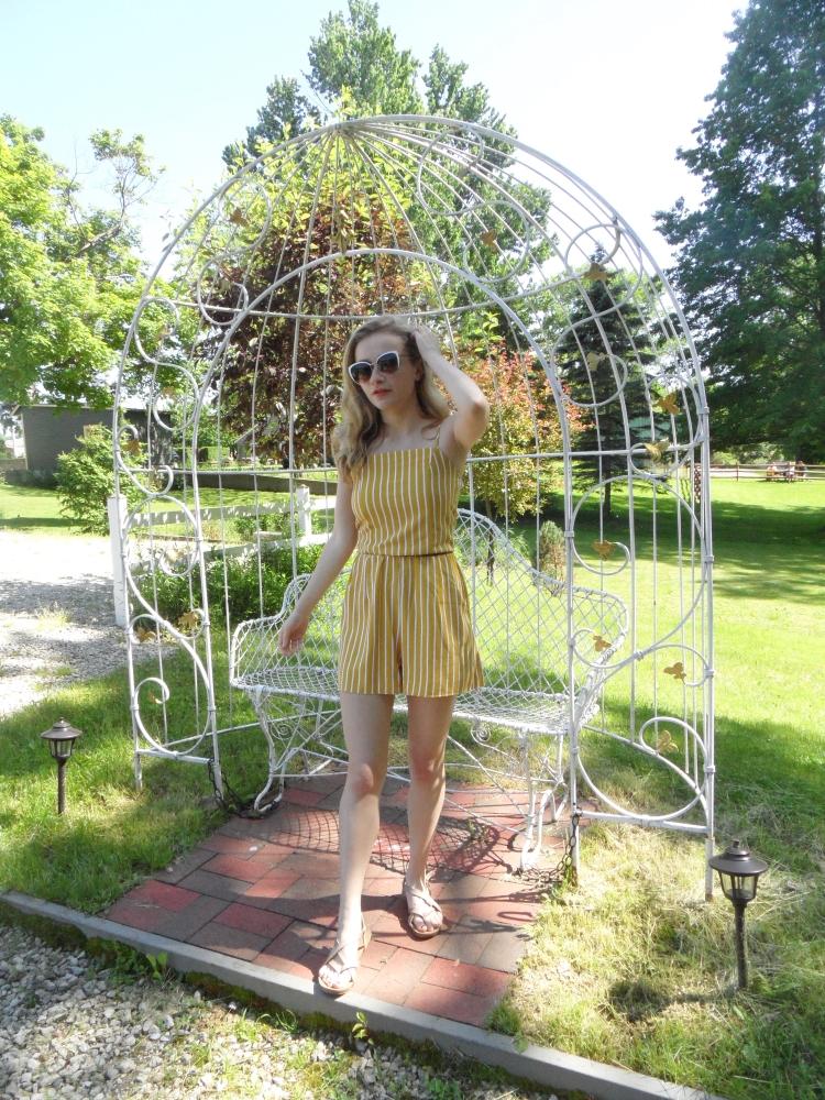 fashion blogger wears yellow romper-4